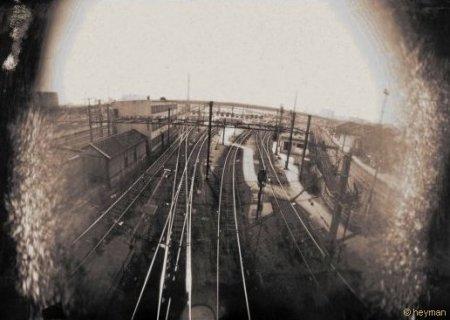 Pinhole, Du pont du quai d'Ivry du periph�rique cot� exterieur, dangereux de s'y arreter pour essayer les photos au st�nop�..